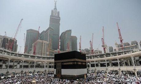 Arab Saudi ban ha ten lua nham vao thanh dia Mecca - Anh 1