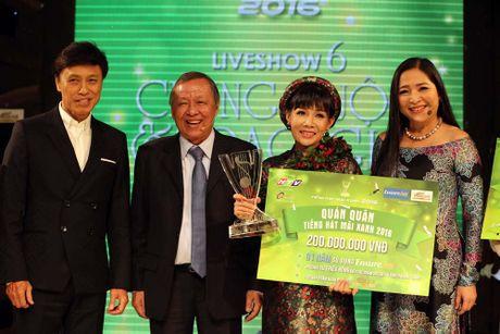 Nguyen Thi Hong Van doat quan quan Tieng hat mai xanh - Anh 1