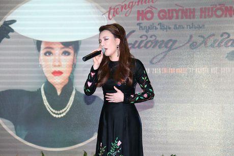 Ho Quynh Huong yeu cau khong dong MV voi ban dien khac gioi - Anh 1