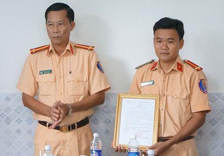 Ban giao nha nghia tinh dong doi - Anh 1