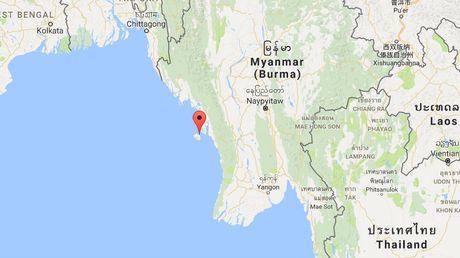 Myanmar ngung dieu tra thong tin may bay roi ngoai bien - Anh 1