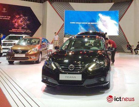 Nissan Teana va Nissan Sunny xuat hien phien ban moi tai Viet Nam - Anh 1