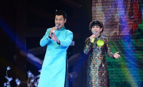 Hong Van - nu quan quan dau tien 'Tieng hat mai xanh' - Anh 1