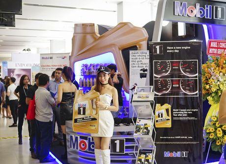 Mobil 1 tham gia trien lam 'Vietnam Motor Show 2016' - Anh 4
