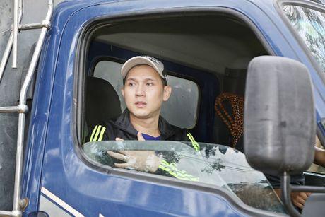 Nguyen Vu - Truong Thi May den vung lu tang qua nguoi ngheo - Anh 3