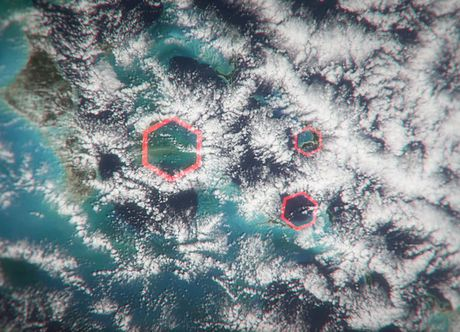May luc giac - sat thu o tam giac quy Bermuda - Anh 1