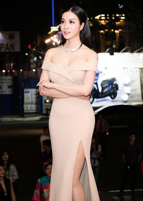 Voc dang nuot na kho tin cua U50 Thanh Mai - Anh 4