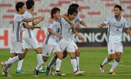 HLV Nhat Ban ly giai viec dung doi hinh 2 dau U19 Viet Nam - Anh 1