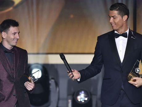 Ronaldo lai gay soc voi nhung tuyen bo bi cho la 'day chat kieu ngao' - Anh 1
