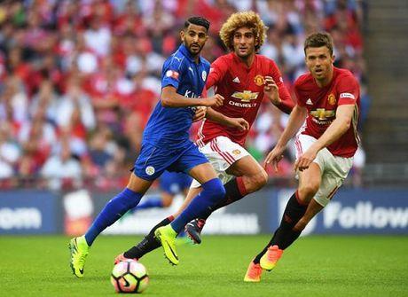 Man United: Michael Carrick xung dang duoc da chinh hon Fellaini - Anh 1