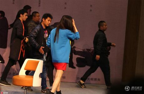 Showbiz 28/10: Pham Bang Bang bi goi la 'con hat', Tran Thanh chua cuoi Hari Won - Anh 3