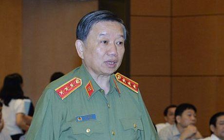 Bo truong Bo Cong an: Hoat dong cua cac loai toi pham da duoc kiem che - Anh 1