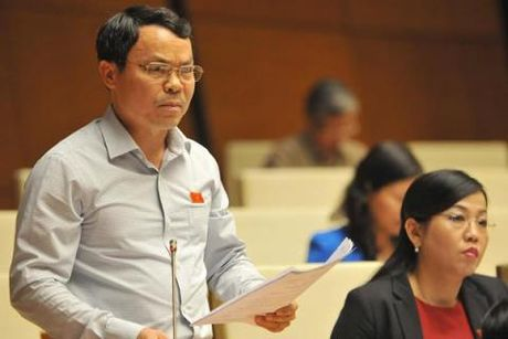 "An tuong Quoc hoi: Nghi truong ""nong"" vi chuyen tham nhung - Anh 1"