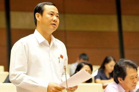 "An tuong Quoc hoi: Nghi truong ""nong"" vi chuyen tham nhung - Anh 2"