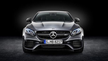 Mercedes-AMG E63 va E63S 2018 sap ra mat - Anh 3