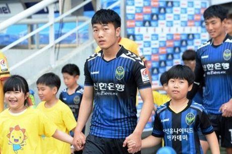 DIEM TIN SANG (29.10): Chieu nay, Xuan Truong tiep tuc da chinh tai K.League - Anh 1