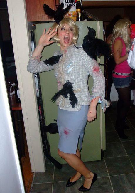 Nhung mau trang phuc Halloween sieu 'ba dao' - Anh 11