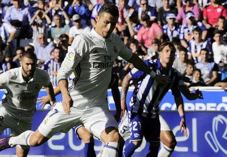 Lap hattrick, Ronaldo dat 2 cot moc khung - Anh 1