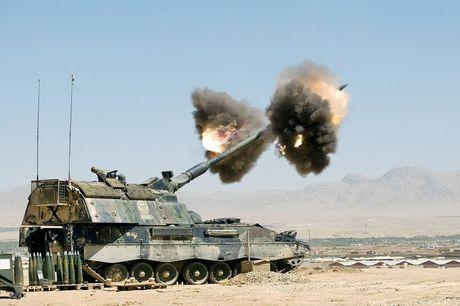 Sieu tang Duc Leopard 2A7+ lan dau tien toi dat Trung Dong - Anh 9
