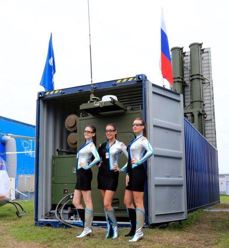 Trung Quoc 'sao chep' ten lua container ngay truoc mui Nga - Anh 4