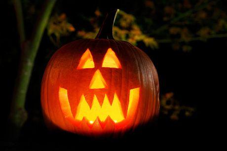 Top 10 quai vat huyen bi nhat dip le Halloween - Anh 1