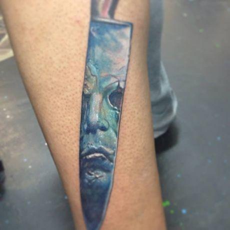 Chiem nguong cac mau tattoo an khach nhat mua Halloween - Anh 1