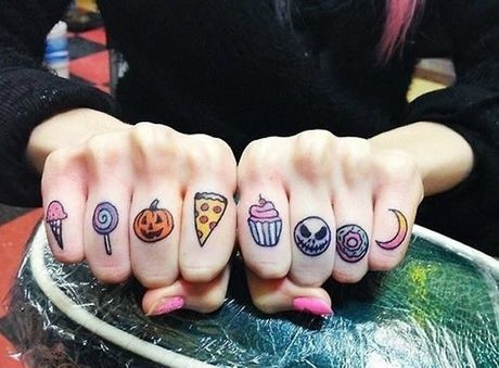 Chiem nguong cac mau tattoo an khach nhat mua Halloween - Anh 4