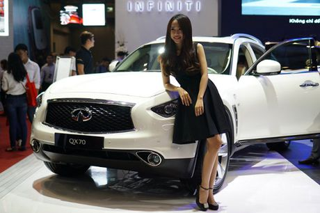 Infiniti – xe sang lan dau tham gia VIMS 2016 - Anh 3