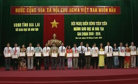 Gia Lai: Ban hanh ke hoach nhan rong dien hinh tien tien nganh Giao duc - Anh 1