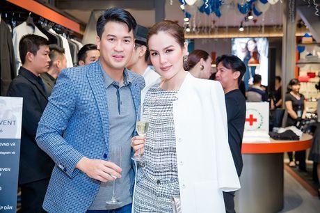 A hau Phuong Le, Khanh My, doanh nhan Phillip Nguyen chung tay lam tu thien - Anh 1