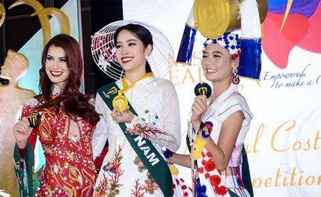 Nam Em duoc ky vong se 'lam nen chuyen' tai Miss Earth 2016 - Anh 1