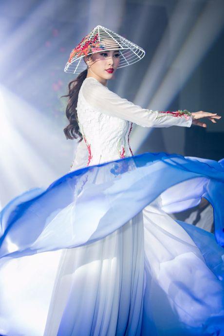 Nam Em duoc ky vong se 'lam nen chuyen' tai Miss Earth 2016 - Anh 3