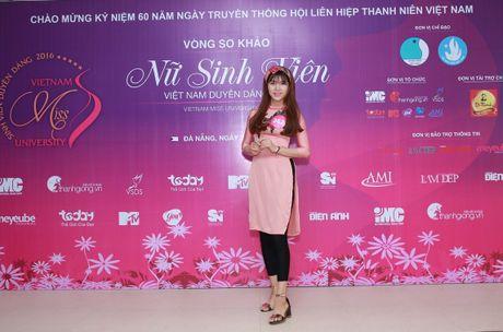 Nu sinh mien Trung - Tay Nguyen duyen dang boi ve dep moc mac - Anh 5