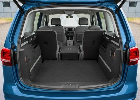 Volkswagen Sharan 2016 xe gia dinh co gia ban 1,9 ty dong - Anh 7