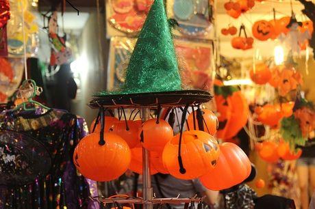 Goi y dia diem don Halloween cuc chat o Ha Noi - Anh 1