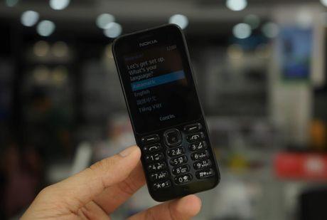 Tren tay Nokia 222 mau den bong gia 950 nghin - Anh 11
