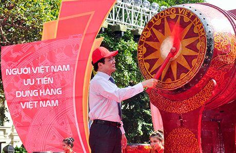 Gioi tre Ha Noi nhan dien hang Viet Nam - Anh 1