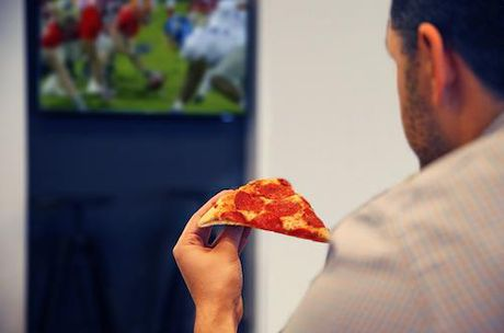 Cong viec trong mo: di du lich, an pizza va nhan 50.000 USD - Anh 1
