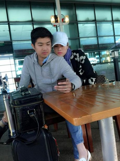 Nhin lai cuoc song khong lay chong dai gia cua Nhat Kim Anh - Anh 5