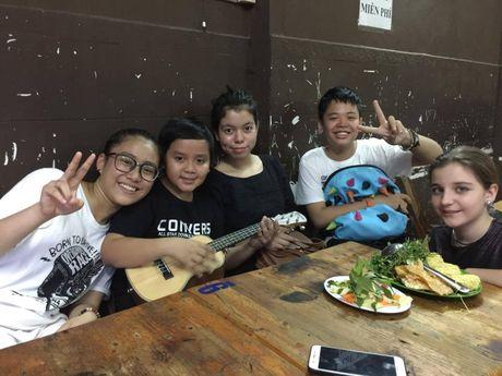 Day la giay phut sum hop am cung va ngap tieng cuoi cua team Vu Cat Tuong - Anh 3