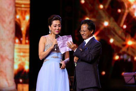 Che Linh bat ngo noi yeu MC Nguyen Cao Ky Duyen - Anh 2