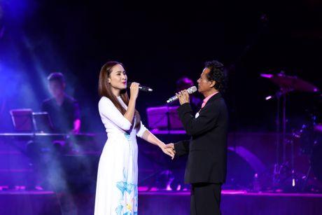 Che Linh bat ngo noi yeu MC Nguyen Cao Ky Duyen - Anh 5