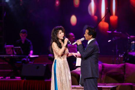 Che Linh bat ngo noi yeu MC Nguyen Cao Ky Duyen - Anh 7
