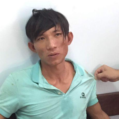 Bat khan cap doi tuong dung xeng danh chet tinh nhan - Anh 3