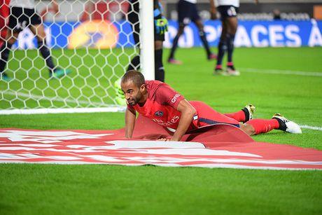 Cavani va Di Maria ket hop giup PSG ap sat ngoi dau - Anh 3
