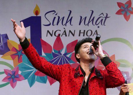 Fan chen lan den nghet tho de nhin Noo Phuoc Thinh - Anh 13