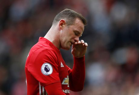 5 ly do Mourinho can ban gap Rooney - Anh 1