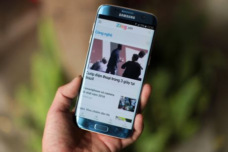 Anh Samsung Galaxy S7 edge xanh san ho sap ban tai VN - Anh 12
