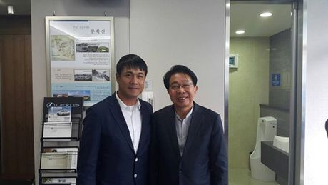 The thao 24h: HLV Huu Thang du khan tran dau cua Xuan Truong - Anh 1
