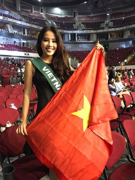 Thi Miss Earth 2016, Nam Em du tu tin van truot vi phien dich ap ung - Anh 3